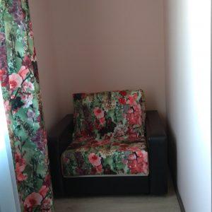 Трехместный номер с общей ванной комнатой